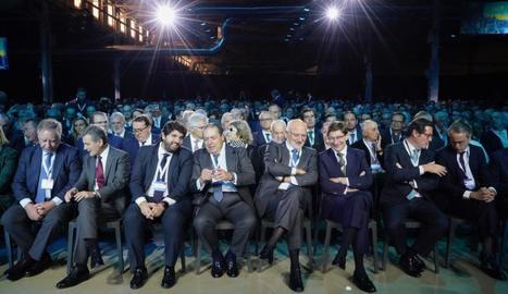Els empresaris, en l'acte celebrat a Elx pel Corredor Mediterrani.