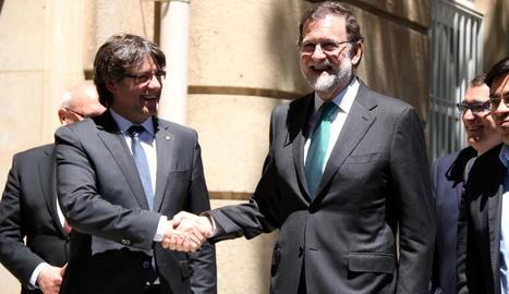 Imatge d'arxiu de Puigdemont i Rajoy del 12 de maig del 2017.