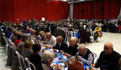 Imatge del dinar popular d'ahir a Montblanc.