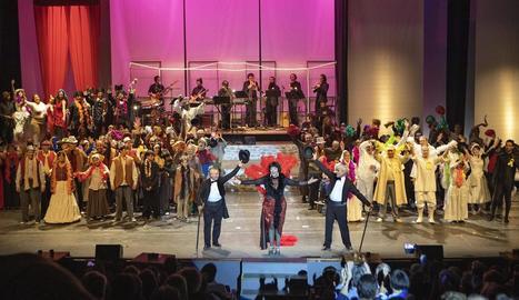 Música, dansa i teatre amb l'espectacle 'Lo Paper', dissabte a la nit a Cervera.