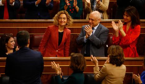 La nova presidenta del Congrés, Meritxell Batet, aplaudida després de ser escollida per diputats del PSOE