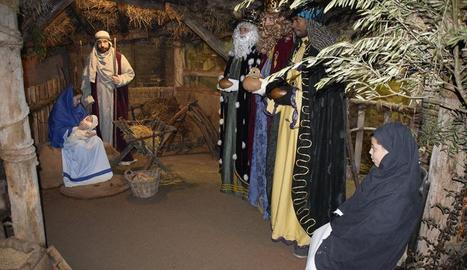 Vilanova munta una recollida d'ornaments de Nadal utilitzats
