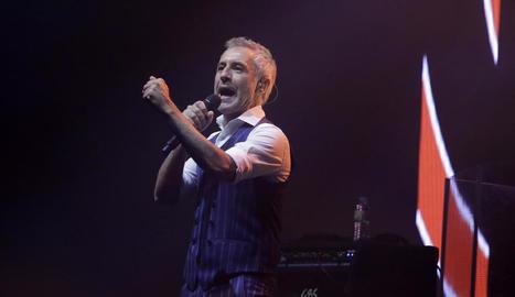 El popular cantant de Sabadell, a l'actuació a la Llotja de Lleida el novembre de l'any passat.
