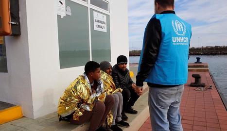 Quatre migrants van aconseguir ahir arribar a les illes Chafarinas i van ser traslladats a Melilla.