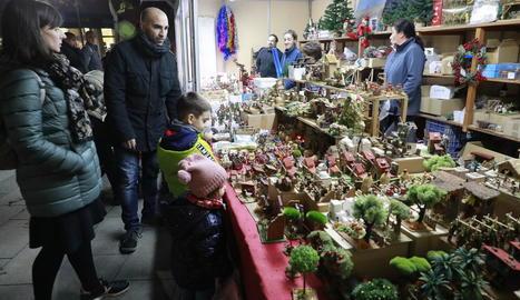 Poca il·luminació al mercat de Lleida