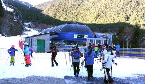El Pirineu de Lleida supera les previsions i registra un 90% d'ocupació durant el pont de la Puríssima