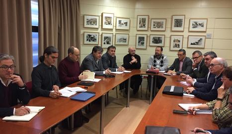 Una imatge de la reunió del consell d'administració extraordinari de l'EMU.