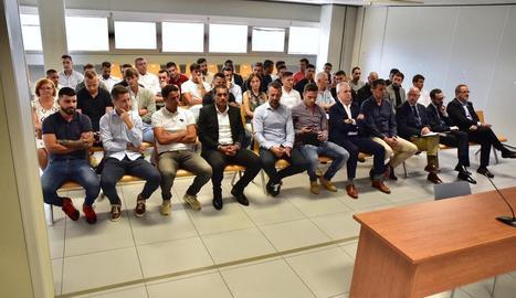 Els acusats van rebre ahir l'absolució al jutjat penal número 7 de València.