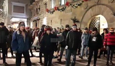 Lleida també fa la performance 'Un violador al teu camí'