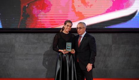 Ona Carbonell, amb Alejandro Blanco, president del COE.