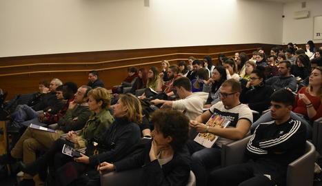Seminari sobre educació d'adults d'origen estranger