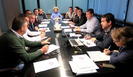 Una imatge de la reunió de la comissió de l'Horta.