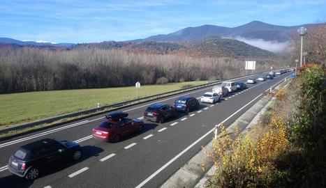 Cua ahir al matí a l'N-145 en direcció a Andorra.