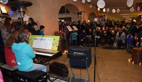 L'actuació de dimarts va tenir lloc als porxos del carrer Major de la Seu d'Urgell.