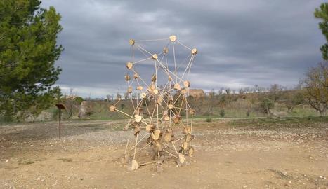 L'escultura 'Connexions', que ja s'ha recuperat al mirador de la Granadella.