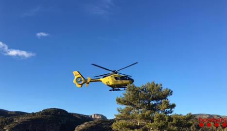 Un helicòpter dels Bombers