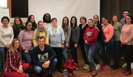 Els participants en el grup de formació a Guissona.