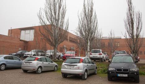 L'ampliació del CAP ocuparà terrenys de l'actual pàrquing per al personal del centre.