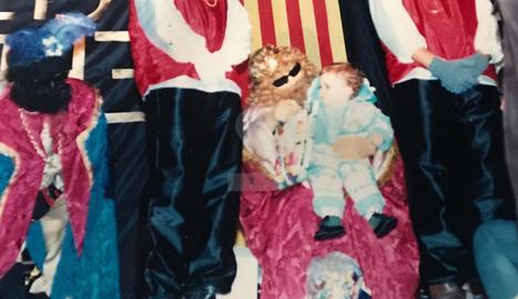 A finals dels 80, tres dones es van disfressar d'homes a la Cavalcada de Reis de Belianes.