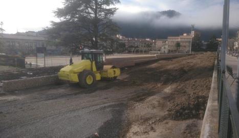 Estat de les obres d'adequació del parc Alcalde Boixareu, al costat del camp de futbol.