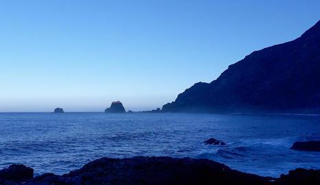 Onades vora l'oceà