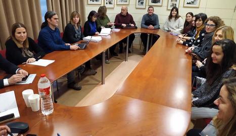 El tinent d'alcalde Sergi Talamonte es va reunir ahir amb representants de deu entitats socials.