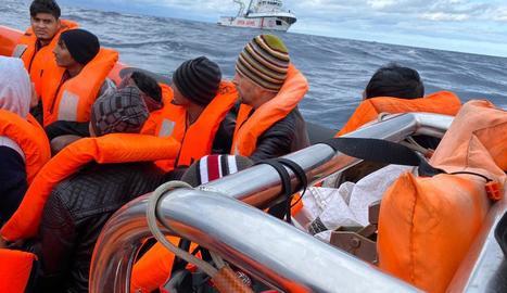 L'ONG catalana fundada per Òscar Camps va rescatar la setmana passada 118 immigrants en un sol dia.
