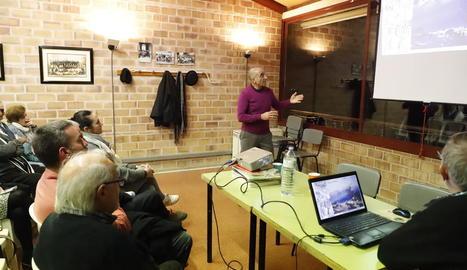 Conferència d'Alfred Rodríguez Picó al local de Butsènit.
