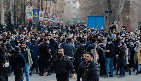Les protestes contra el règim creixen a l'Iran.