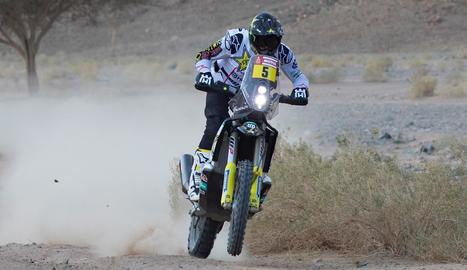 El xilè Pablo Quintanilla va ser ahir el vencedor de l'etapa en motos.