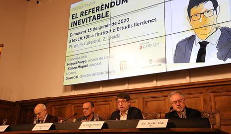Simeó Miquel, Miquel Pueyo, Carles Mundó i Juan Cal, ahir a l'IEI.