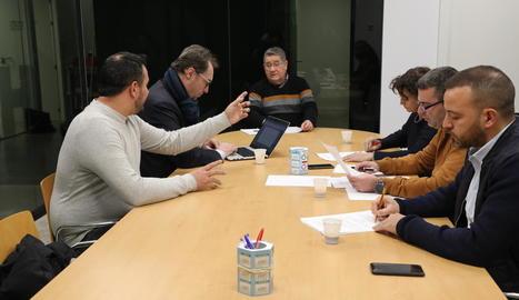 Un moment de la reunió d'ahir entre la Paeria, el Lleida i la UE Gardeny.