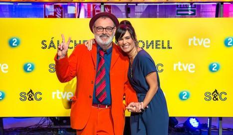 El cantant i actor Pablo Carbonell i la presentadora Elena Sánchez.