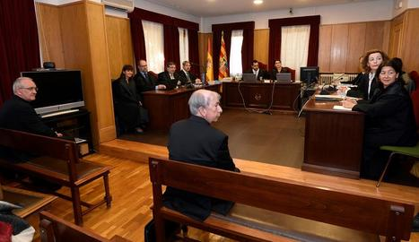 El bisbe de Lleida, Salvador Giménez, al jutjat de Barbastre.