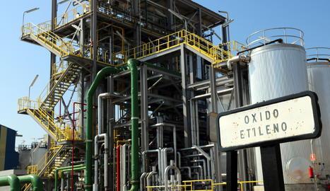 Vista de la planta de l'empresa IQOXE de Tarragona.