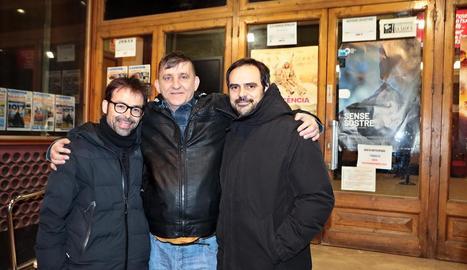 La projecció a Tàrrega va comptar amb els directors i l'actor principal, que va viure sis anys al carrer.