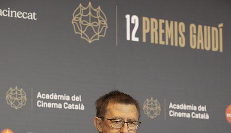 L'equip d''Els dies que vindran' posa a la catifa roja abans de l'entrega de premis del cine català.