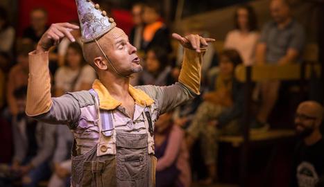 Un dels actors de 'Bye, bye, Confetti', de La Baldufa.