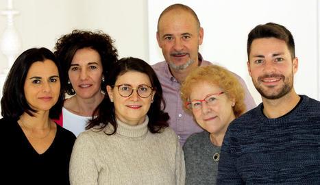 Imatge dels membres de la junta del col·legi de veterinaris.