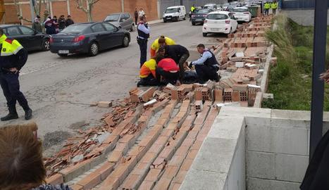 Un ferit en esfondrar-se un mur a Balaguer