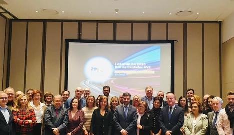 Foto del congrés de ciutats AVE que va tenir lloc a Madrid amb el tinent d'alcalde Paco Cerdà.