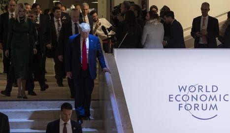 Donald Trump va anar ahir al fòrum de Davos amb la seua filla Ivanka.
