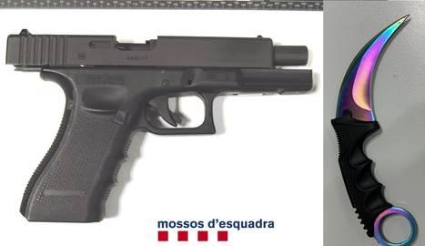 La pistola i el punyal dels atracadors.