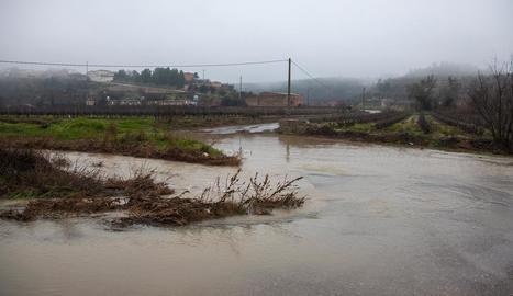 El riu Corb, al seu pas per Ciutadilla, va sortir del curs i va tallar alguns accessos a la població.