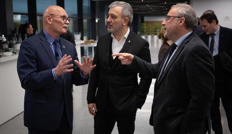 El conseller delegat de GSMA, amb el tinent d'alcalde i el director de la Fira de Barcelona.