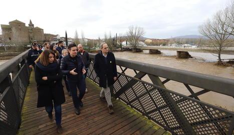 Quim Torra va visitar ahir la ciutat de Girona entre les zones afectades per la borrasca Glòria.