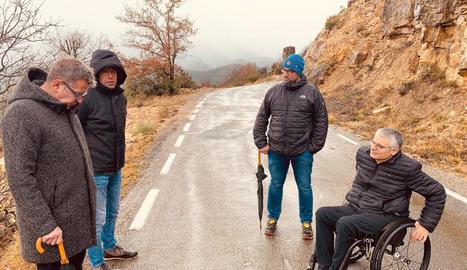 Talarn, Navarra, Baró i Latorre, ahir a la carretera d'accés a Sant Esteve de la Sarga.