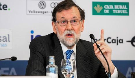 Mariano Rajoy, ahir a Saragossa durant la presentació del seu llibre.