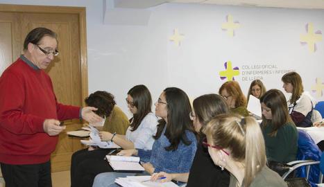 Les infermeres lleidatanes que es van formar recentment en interpretació d'electrocardiogrames.