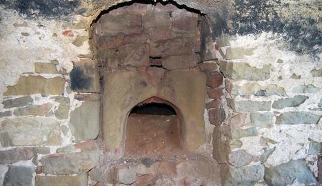 Estat actual del forn de pa del nucli de l'Alzina.